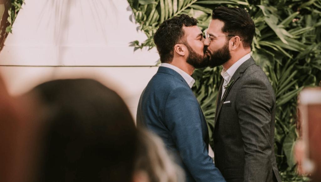 LGBTQ2 en Canadá